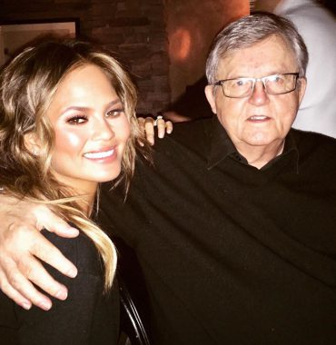 Chrissy Teigen parents photo