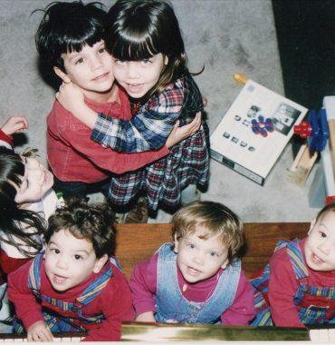 Lauren Cohan siblings photo