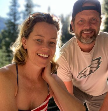 Elizabeth Banks husband photo
