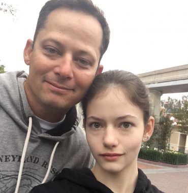 Mackenzie Foy parents photo