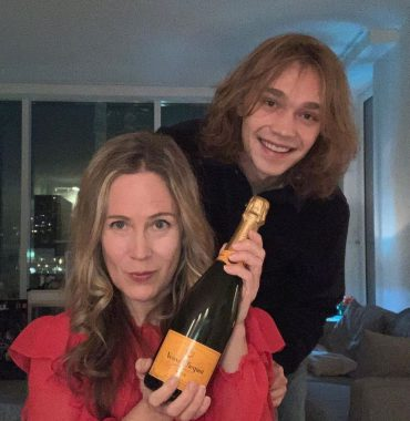 Charlie Plummer parents photo